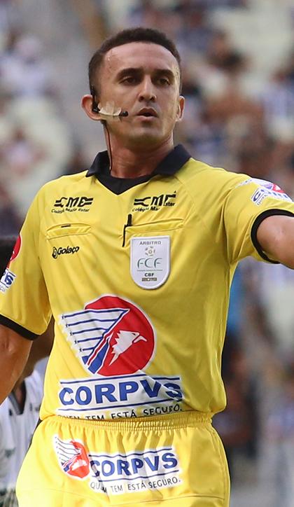 Adriano Barros Carneiro