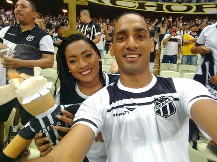 Edval Filho e Miliane