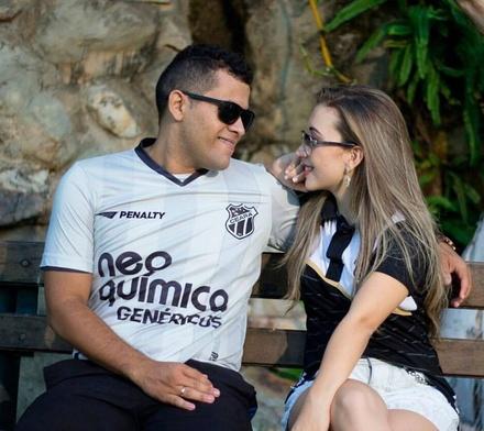 Vitória e Felipe Junior