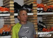Roupeiro Júlio Abreu: dedicação, profissionalismo e bom humor