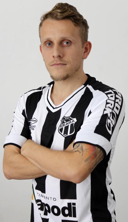 Alex Broch Amado