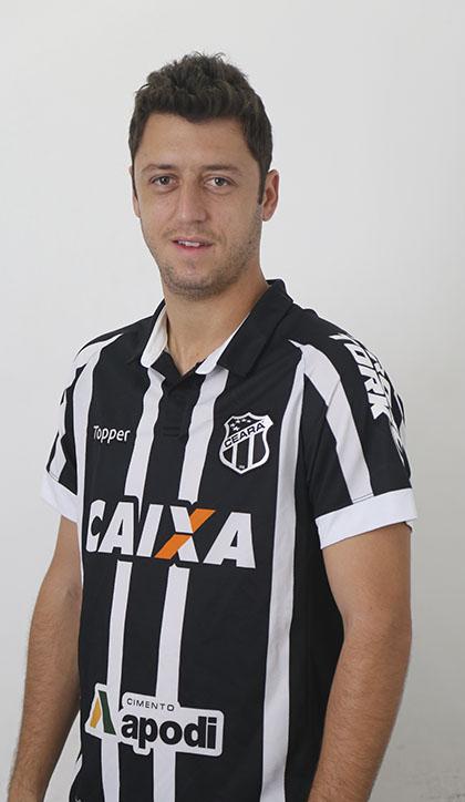 Felipe Menezes Jácomo