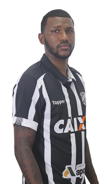Douglas Coutinho Gomes de Souza