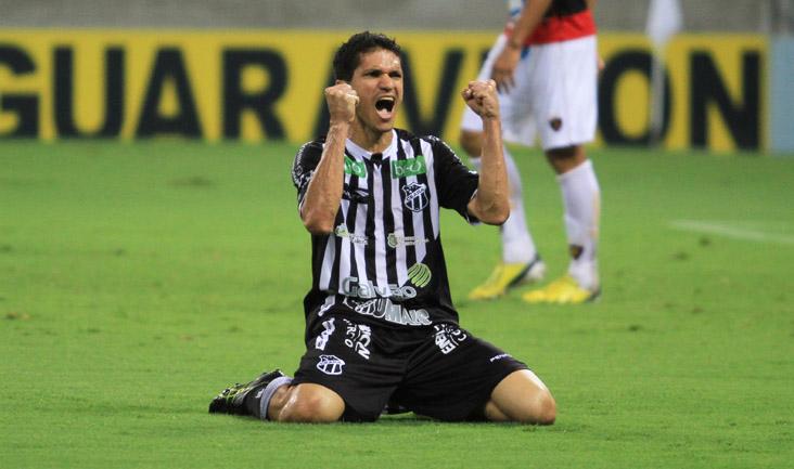 Magno Alves defendeu o Vozão nas temporadas 2010, 2012, 2013 e tem contrato até o fim de 2014