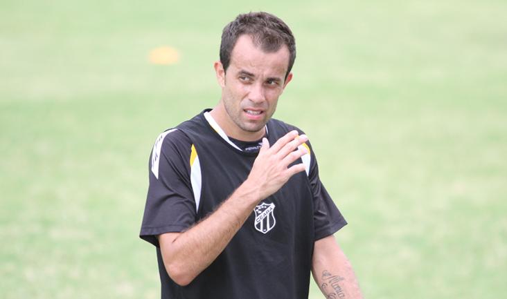 Rafael Cruz trabalhou firme nos últimos dias e pode atuar pelo Vozão na próxima rodada