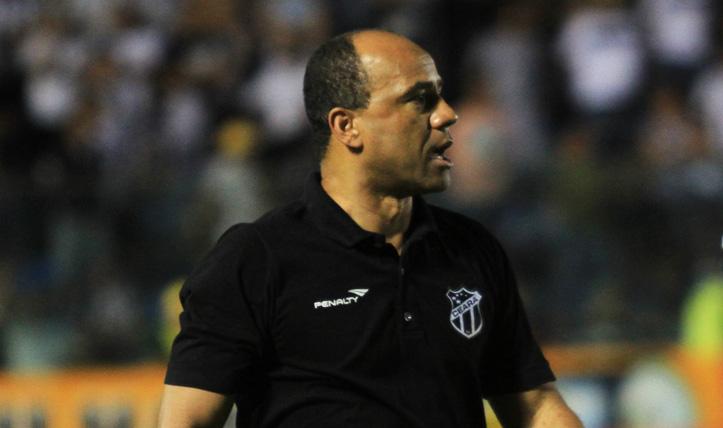Sérgio Soares espera o time iniciar uma arrancada rumo as primeiras colocações na tabela