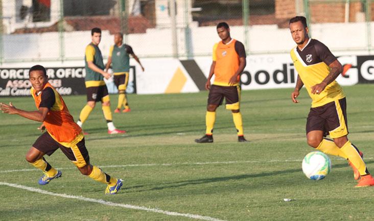 No turno da tarde, os atletas do Alvinegro Cearense participaram de um treino técnico