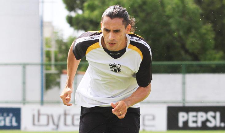 100% recuperado da lesão, Vicente participou normalmente do treino