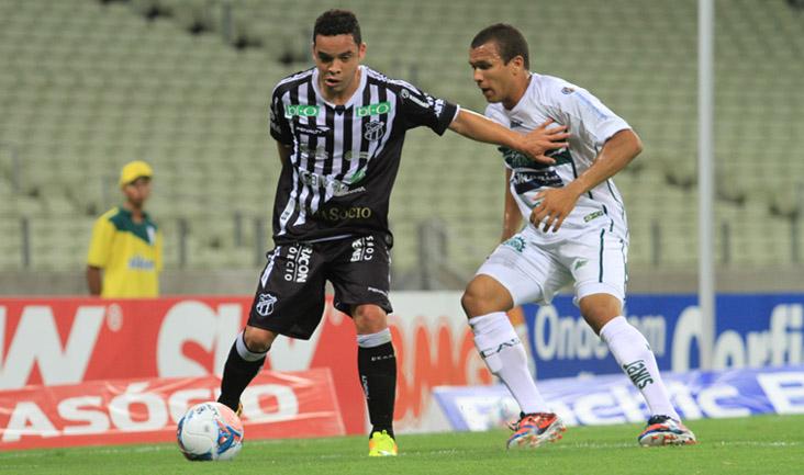 Lulinha foi muito marcado pela defesa, mas conseguiu espaços e fez o gol da vitória