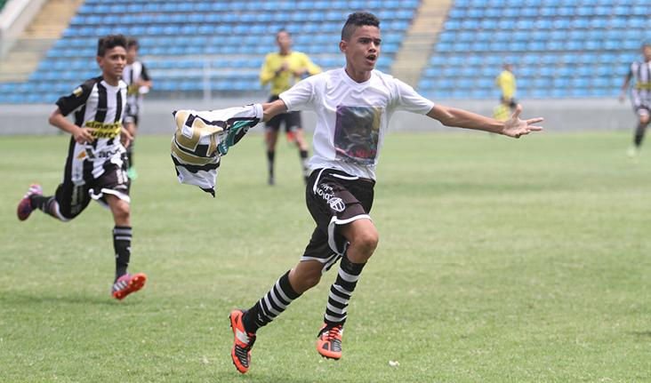 Autor de um dos gols da final, o volante Bruno Emanoel foi formado na Escolinha do clube.