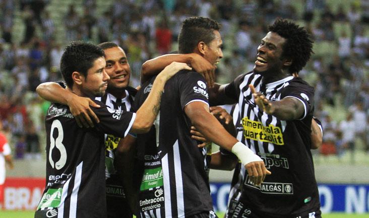 O grupo alvinegro goleou na primeira rodada e chegou à primeira colocação do grupo C