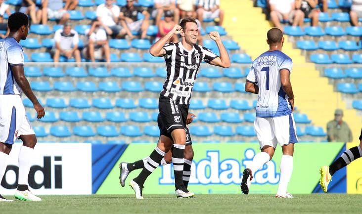 Com gols de Thiago Carvalho e Zezinho, o Mais Querido conquistou sua quinta vitória no Estadual