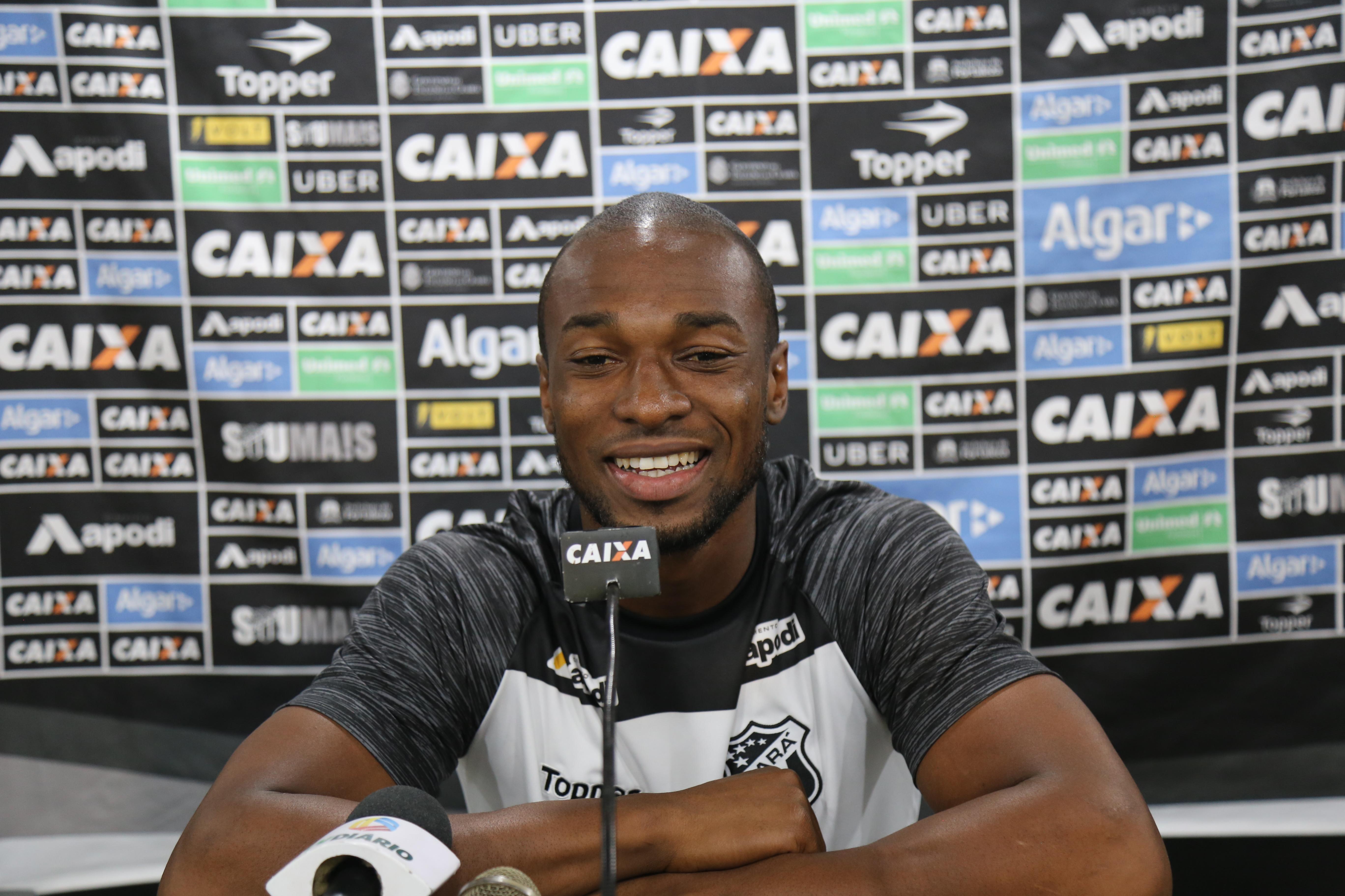 Essa terça-feira, 11/09, foi de reapresentação para o elenco do Ceará. Em coletiva de imprensa, o zagueiro Luiz Otávio comentou sobre a evolução do time e a defesa que vem sofrendo poucos gols.