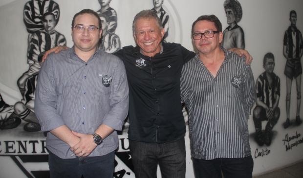 Haroldo Martins (1º vice-presidente), Humberto Aragão (Presidente) e Fernandes Sousa (2º vice-presidente)