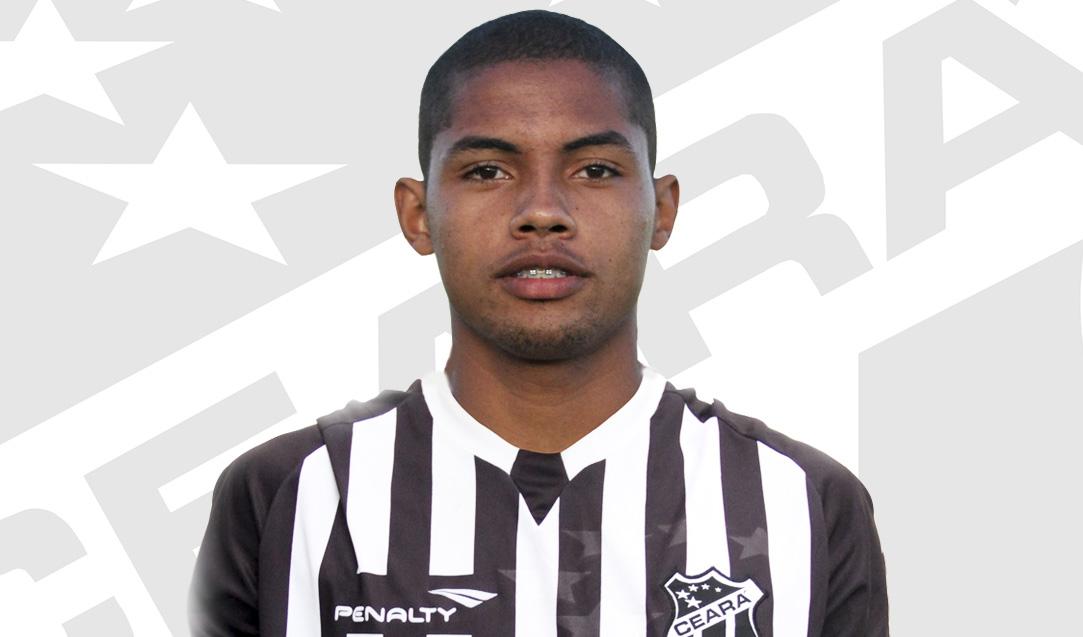 O jogador de 22 anos vai vestir a camisa do Ceará até o fim desta temporada