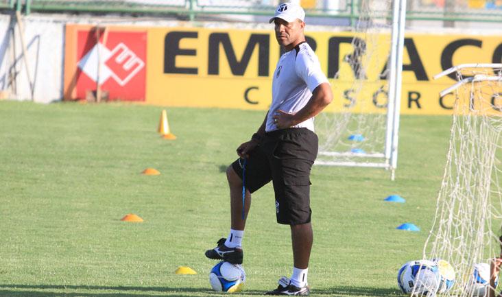 Sérgio Soares nao contará com Magno Alves, Luís Carlos e Hélder Santos.