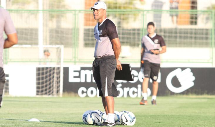 """""""Precisamos de muita dedicação para nos mantermos no topo da tabela"""", disse Sérgio Soares"""