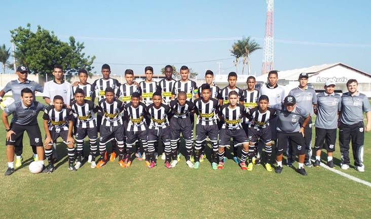 O time do Ceará segue líder absoluto do grupo A2 do Campeonato Cearense Sub-17