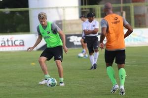 Ceará dá sequência na preparação contra o Grêmio e treina em dois períodos