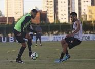 No Vovozão, Ceará volta aos treinos visando retorno no Brasileirão