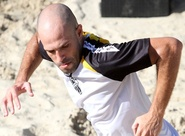 Anderson Marques sofre estiramento na panturrilha
