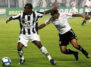 Com Castelão lotado, Vozão empata sem gols e segue invicto