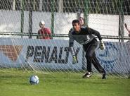 """""""Fico feliz por essa oportunidade"""", diz Adílson sobre jogar contra Sergipe"""