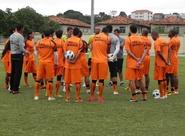 Alvinegros finalizam treino no Rio de Janeiro/RJ