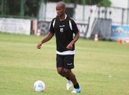 Diogo Orlando volta a trabalhar com bola e está à disposição