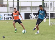 Diogo Silva conversa com jornalistas e tranquilidade do atleta é destaque