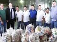 Evandro Leitão fez a entrega de alimentos à entidades carentes