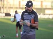 Ceará faz último treino antes da partida diante da Chapecoense e segue para concentração