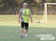 """Estevam Soares: """"Seria injustiça sair de campo derrotado nesta partida"""""""