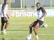 Fabinho diz estar vivendo sua melhor temporada e exalta trabalho realizado por Enderson Moreira