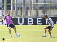 Nessa sexta-feira, Ceará realiza último treino, antes de viagem para Curitiba