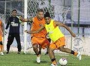 Lula Pereira encerra preparação com treino tático