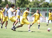 Ceará voltou a treinar na manhã deste domingo