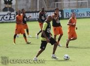 Ceará encerra preparativos para enfrentar o Botafogo