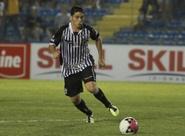 Meio-campista Luiz Henrique comemora estreia na Série B 2012