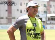 """""""Não podemos dar espaço"""", afirma o técnico Estevam Soares"""