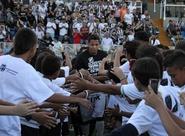 Criançada alvinegra recepciona time antes do duelo entre Ceará x Santos