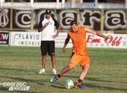 Sob o comando de Dimas Filgueiras, elenco treina no Vovozão