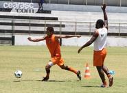 Alvinegros finalizam preparação para duelo diante do Figueirense