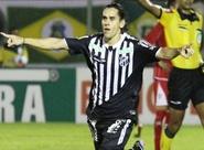 Recuperado de lesão, Vicente retorna e marca gol importante