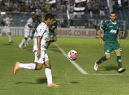 Márcio Careca marca seu primeiro gol e dá a vitória ao Vozão, diante do Guarani