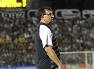 """Estevam Soares: """"Precisamos voltar a jogar aquilo que sabemos"""""""