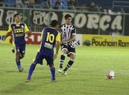 Ceará vence e assume a liderança do Estadual 2012