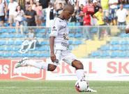 Diante do Avaí, jogadores acreditam em um Ceará bem postado em campo
