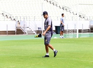 De olho no Vitória, Marcelo Chamusca comanda treino fechado na Arena Castelão