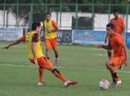 PC Gusmão comanda os trabalhos na reapresentação do time